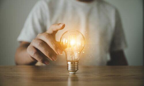 Die Erfindung der Glühbirne resultierte aus zahlreichen Fehlversuchen.