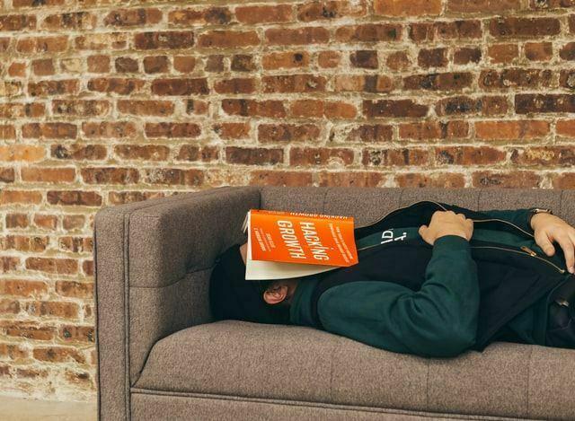 Faulheit statt Produktivität: Den inneren Schweinehund verstehen und überwinden