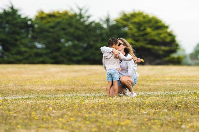 Resilienz und Widerstandskraft lässt sich durch die Eltern fördern
