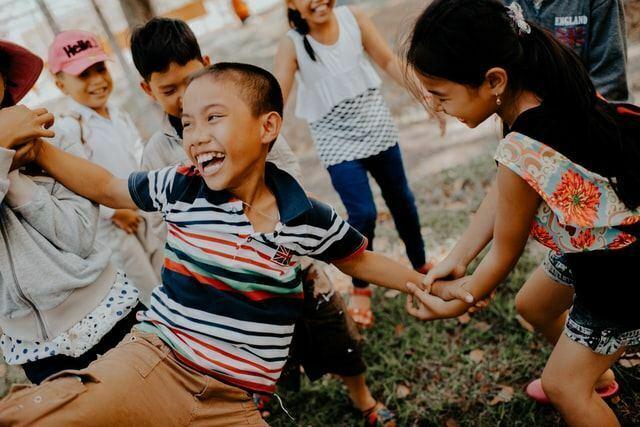 Die Kindheit hat erheblichen Einfluss darauf, wie stark unsere Resilienz ausgeprägt ist.